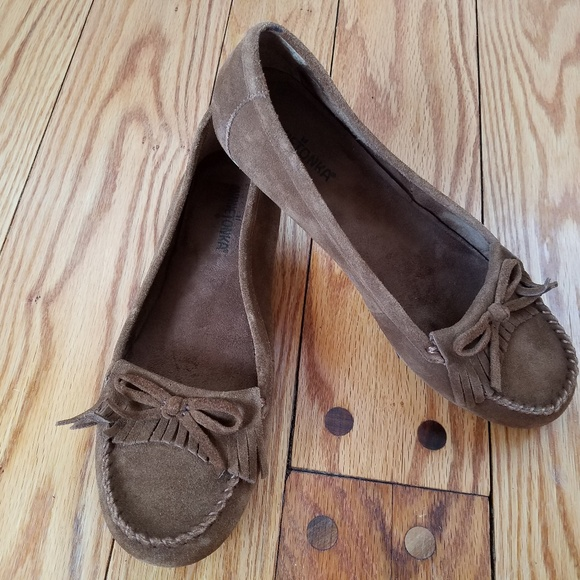 Minnetonka Schuhes   Suede Moccasin Flats Loafer Flats Moccasin   Poshmark 08a351